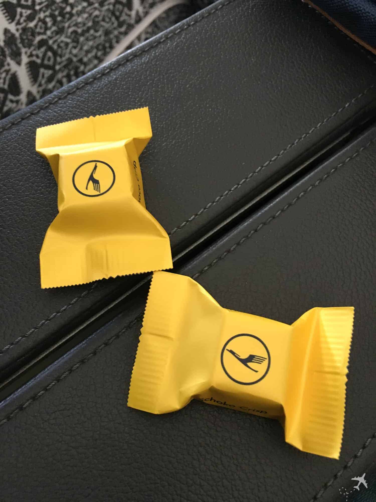 Lufthansa Premium Economy Class Schokolade