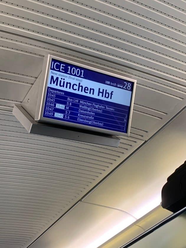 Lufthansa vs. ICE Zug Anzeige