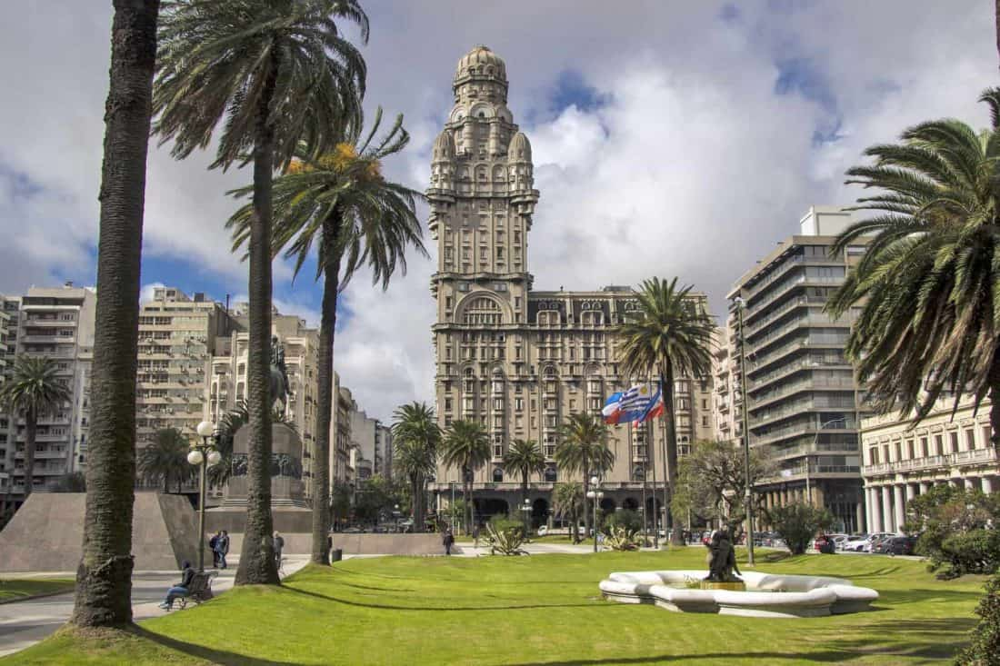 Uruguay Montevideo Centrally located Salvo Palace (Palacio Salvo) seen from Plaza Independencia (Independence square)