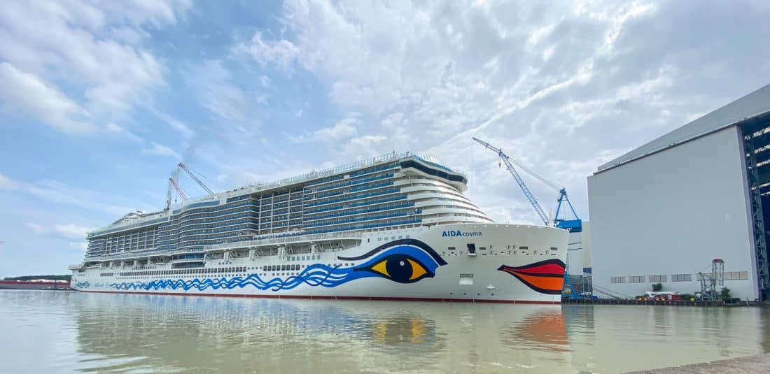 Papenburg Meyer Werft AIDAcosma Ausruestkai