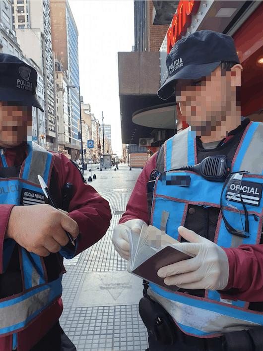 Polizeikontrolle nach Supermarktbesuch