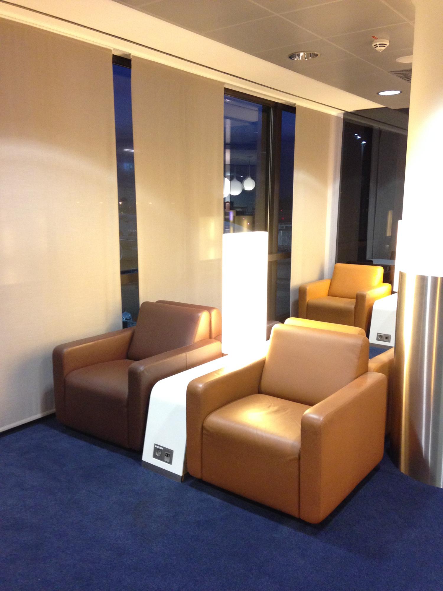 Senator Lounge Hannover Sessel