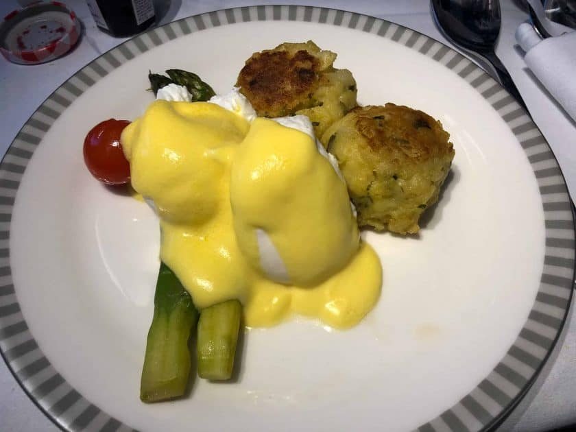 Singapore Airlines A350 Business Class Eggs Benedict