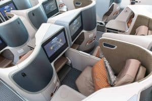 Singapore Airlines Boeing 787 10 Business Class Middle top