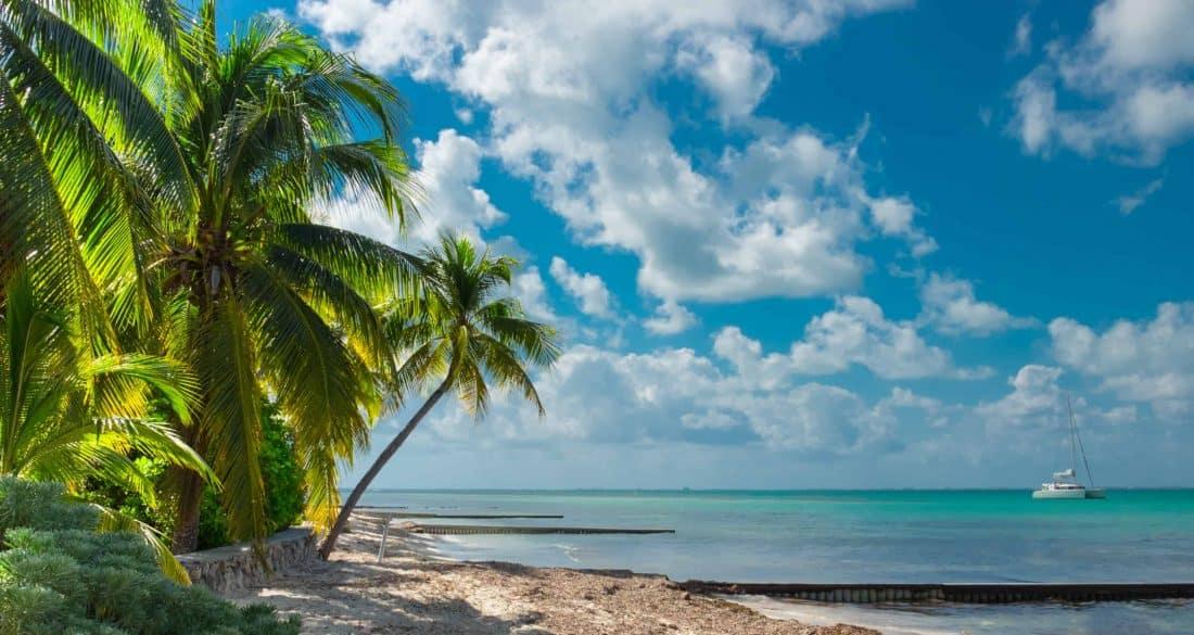 Strand auf Grand Cayman, Kaimaninseln
