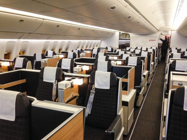 bewertung swiss boeing 777 business class auf hannover. Black Bedroom Furniture Sets. Home Design Ideas