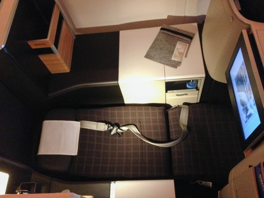 Swiss Boeing 777 Business Class Sitze Full Flat