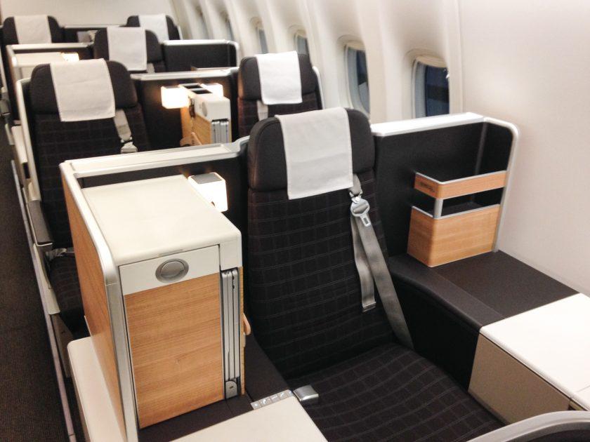 Swiss Boeing 777 Business Class Sitze Fenster
