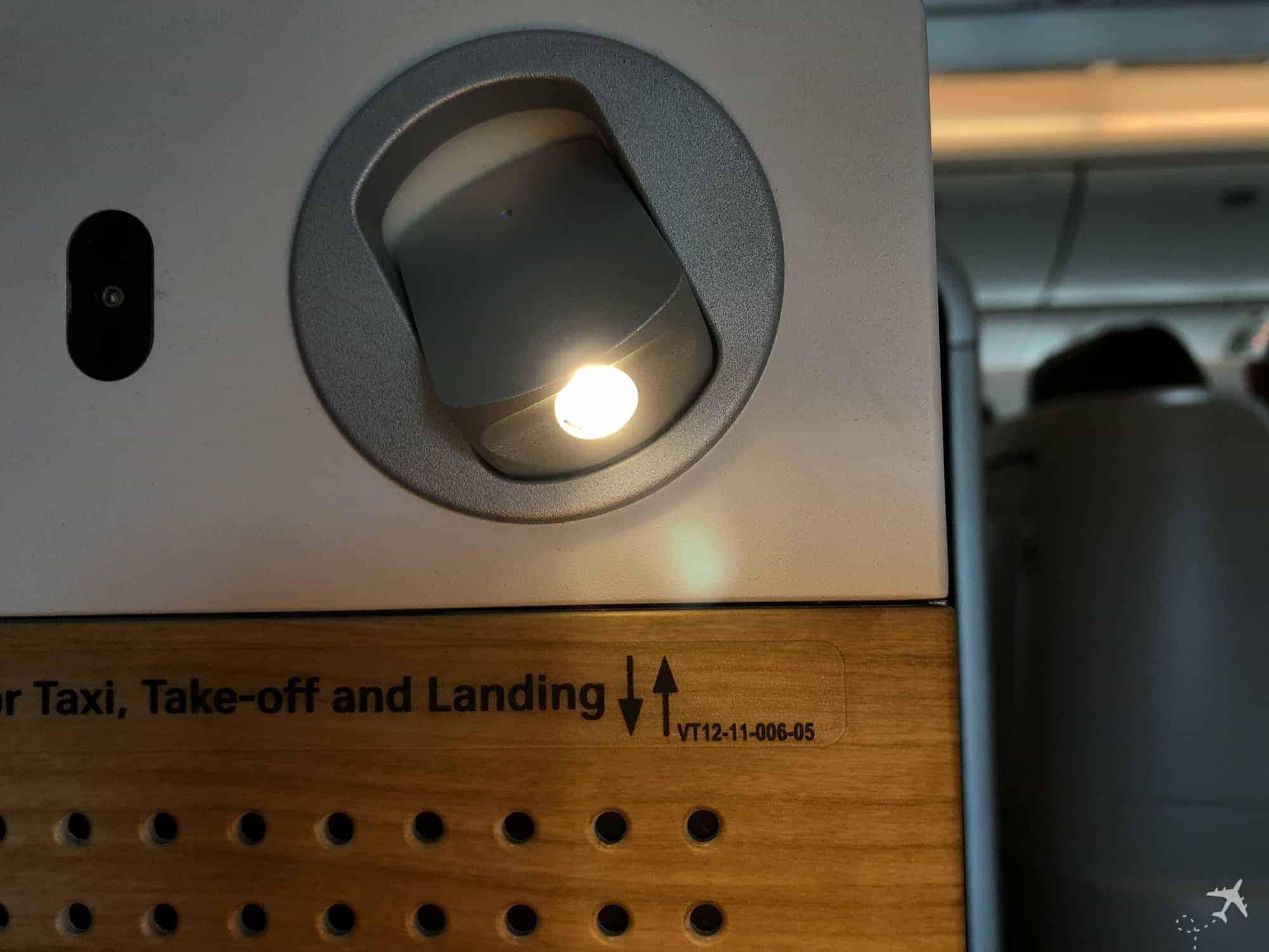 Swiss Boeing 777 Business Class Licht