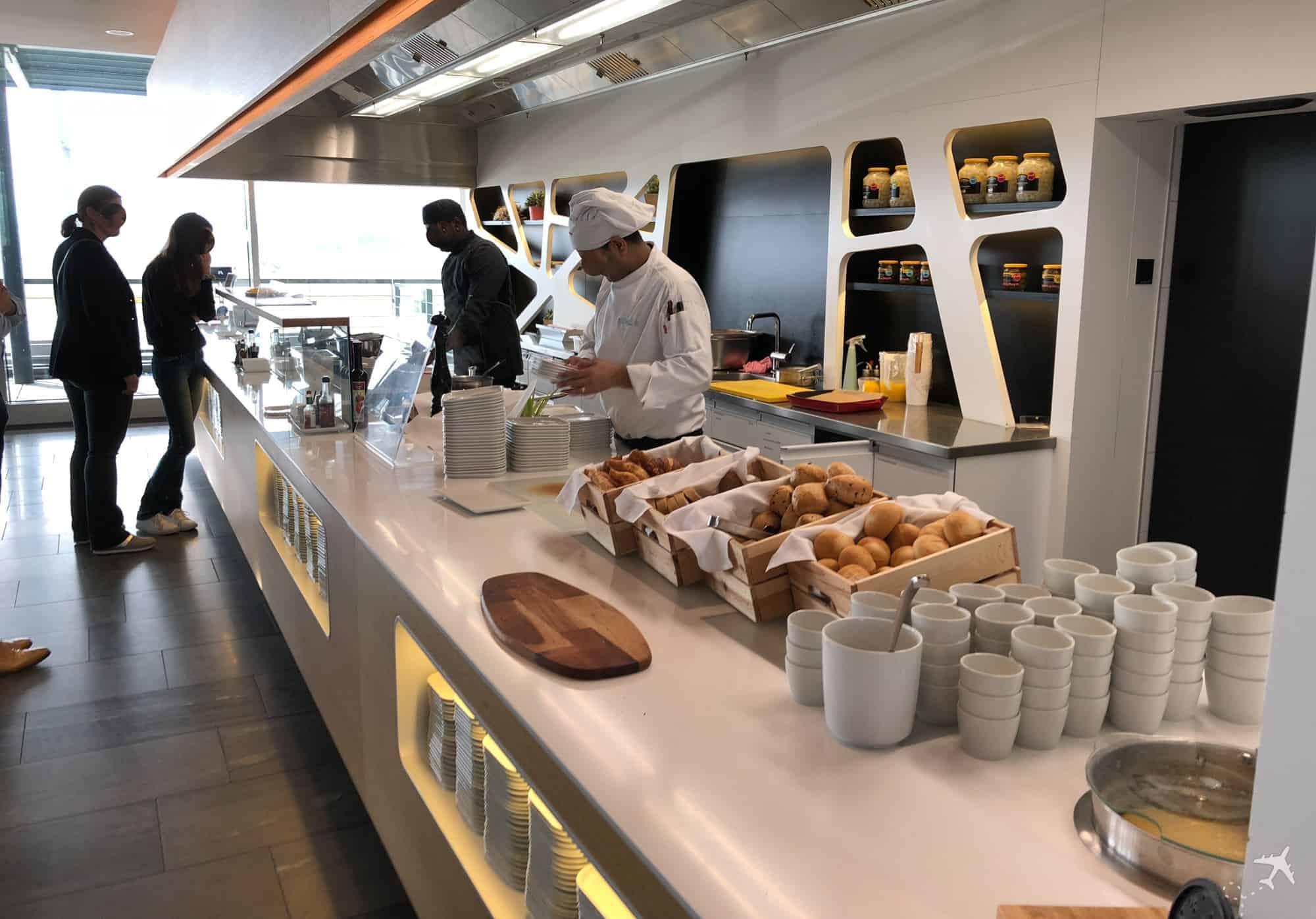 Swiss Business Class Lounge Zuerich Terminal E Live Cooking