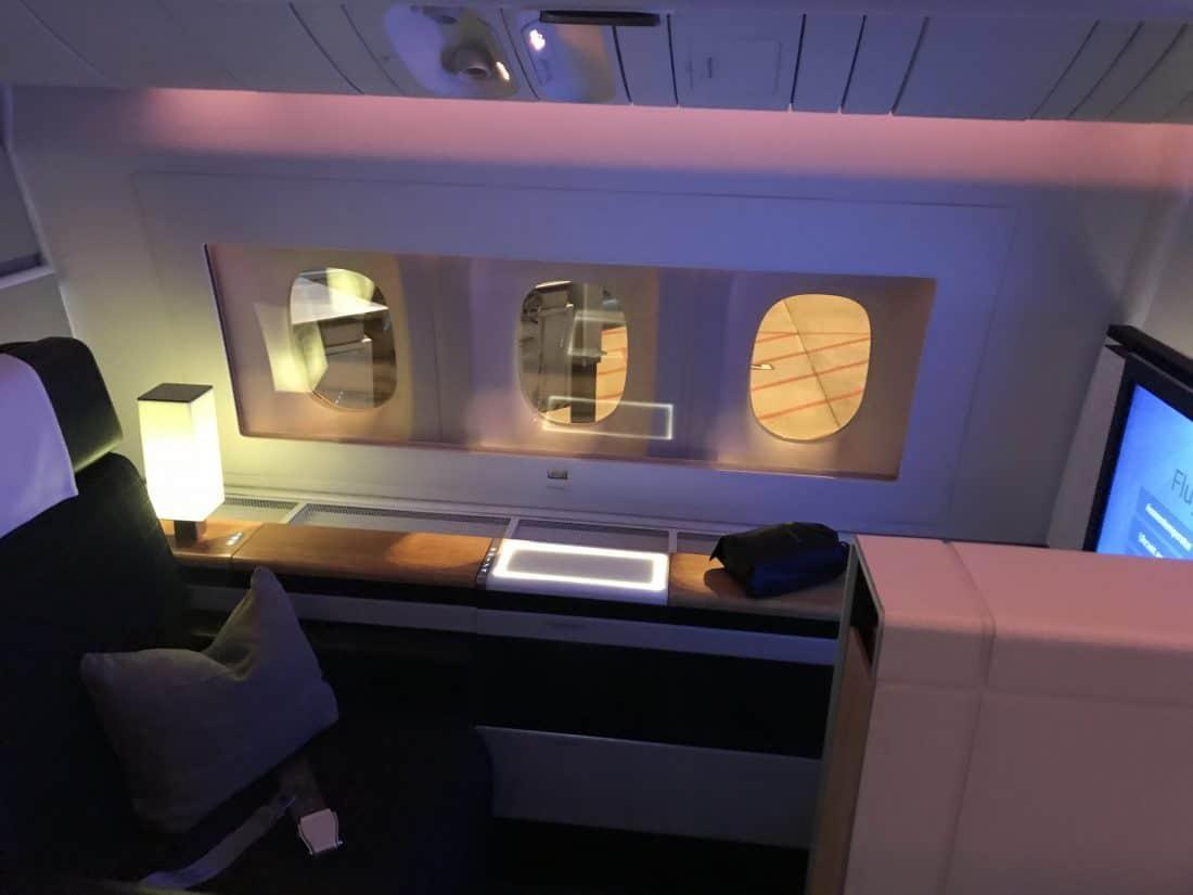 Swiss First Class Review Indirektes Licht