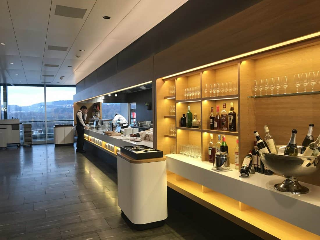 Swiss Lounge ZRH Buffet