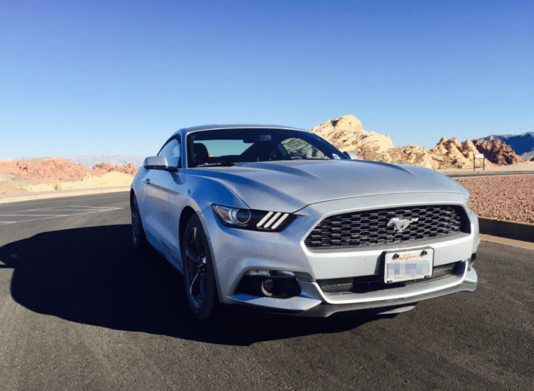 USA Roadtrip Ford Mustang