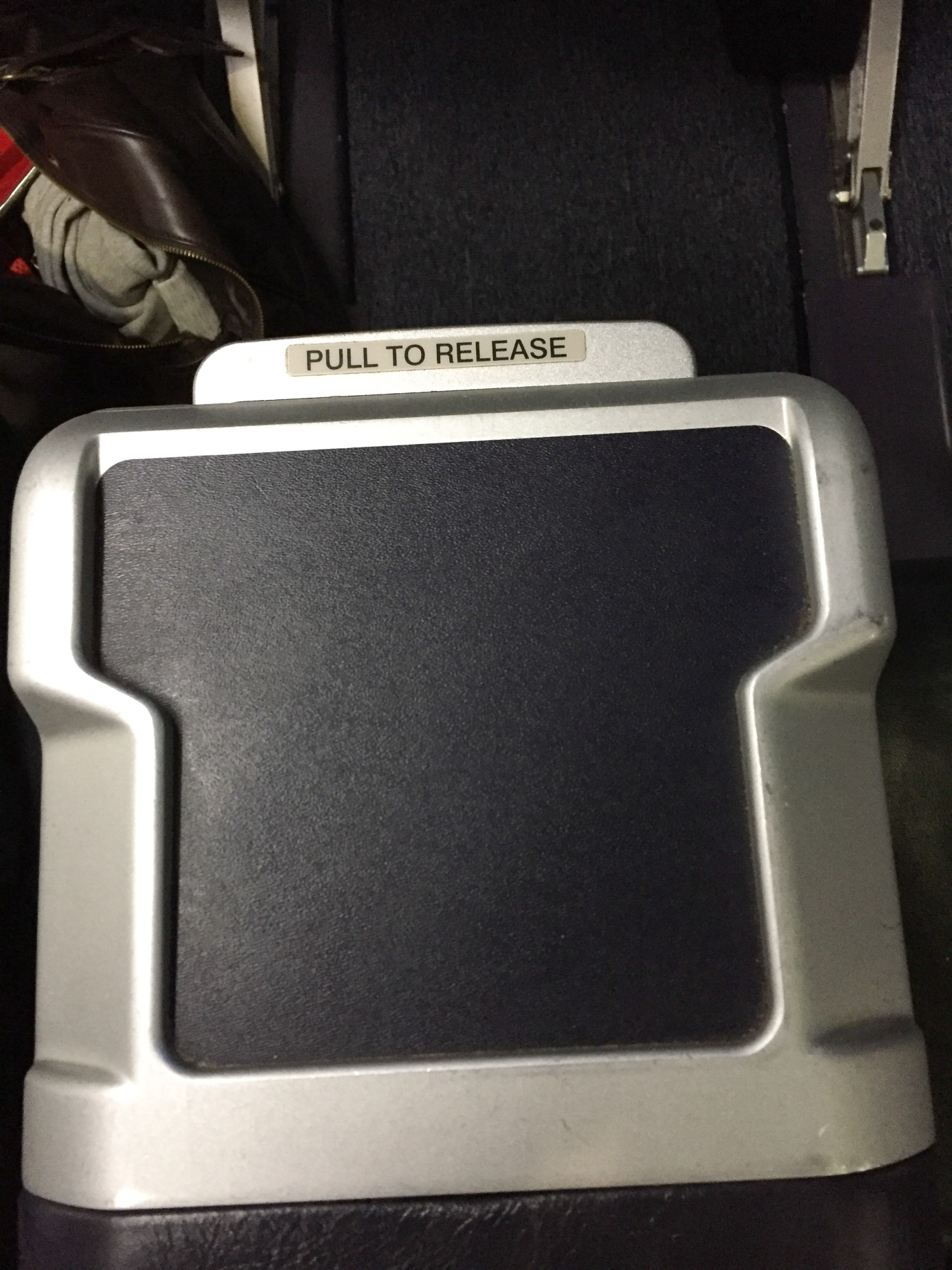 United Airlines Domestic First Class Armlehne