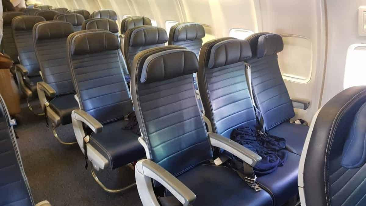 United Boeing 757 transcon Sitze