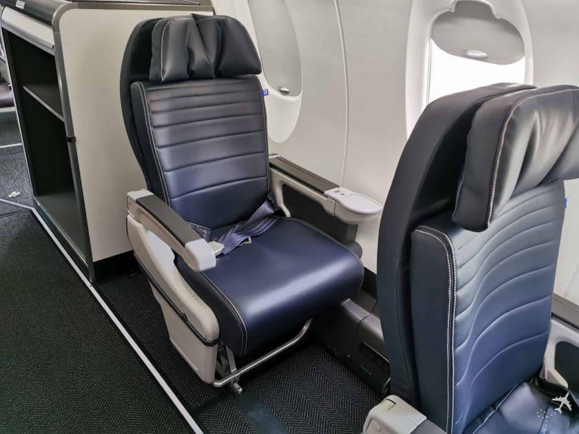 United CRJ550 MSN ORD Einzelsitze