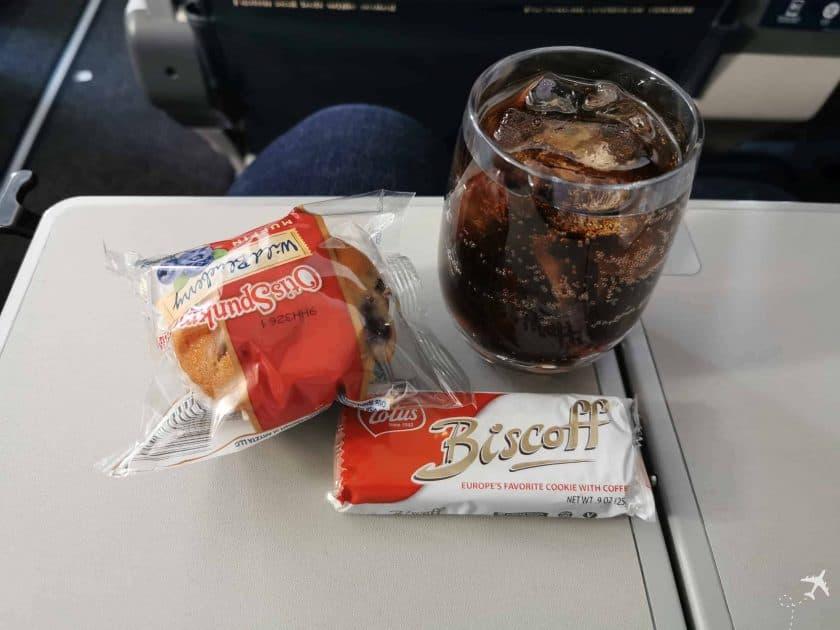 United CRJ550 MSN ORD Essen Trinken