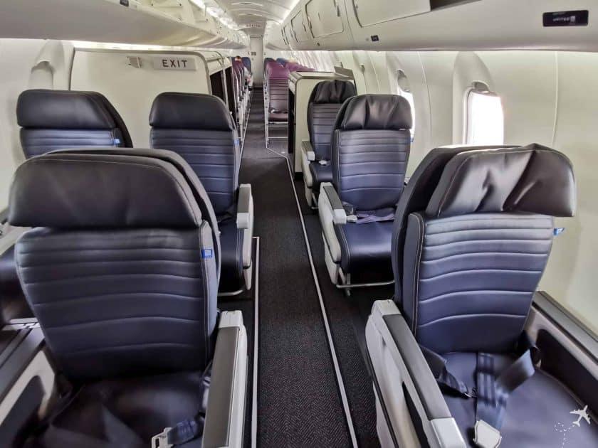 United CRJ550 MSN ORD Kabine Weitwinkel