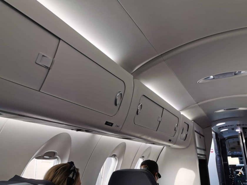 United CRJ550 MSN ORD Overhead Bins