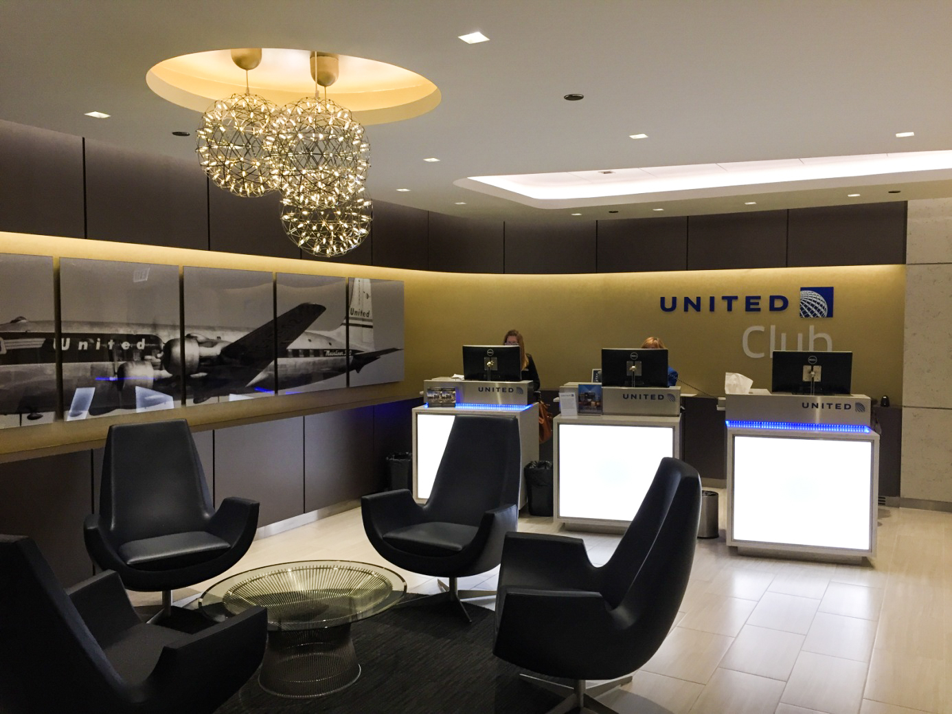 United Club Chicago Lobby