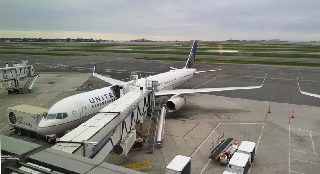 United Flugzeug BOS