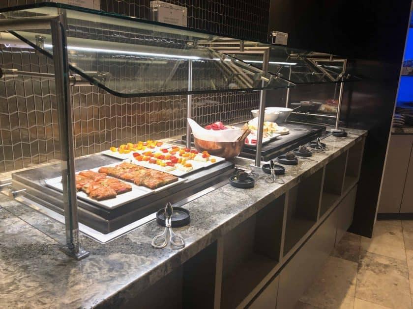 United Polaris Bewertung Lounge Buffet 1