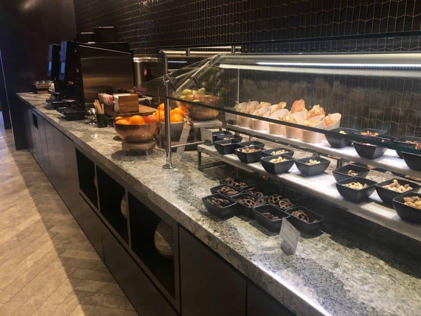 United Polaris Bewertung Lounge Buffet 3