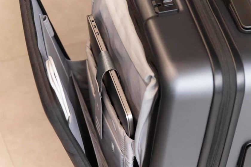 Xiaomi Business Cabin Boarding Suitcase Außentasche Nahaufnahme