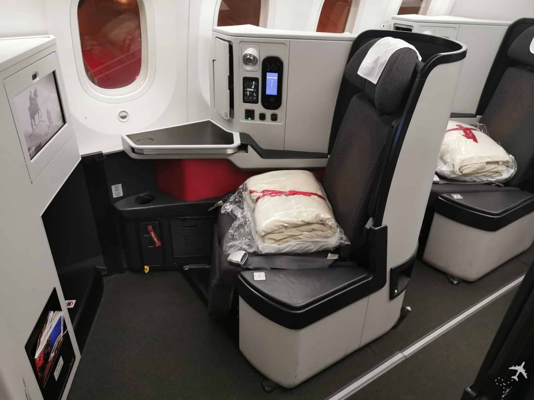Avianca Business BOG MUC Bulkhead