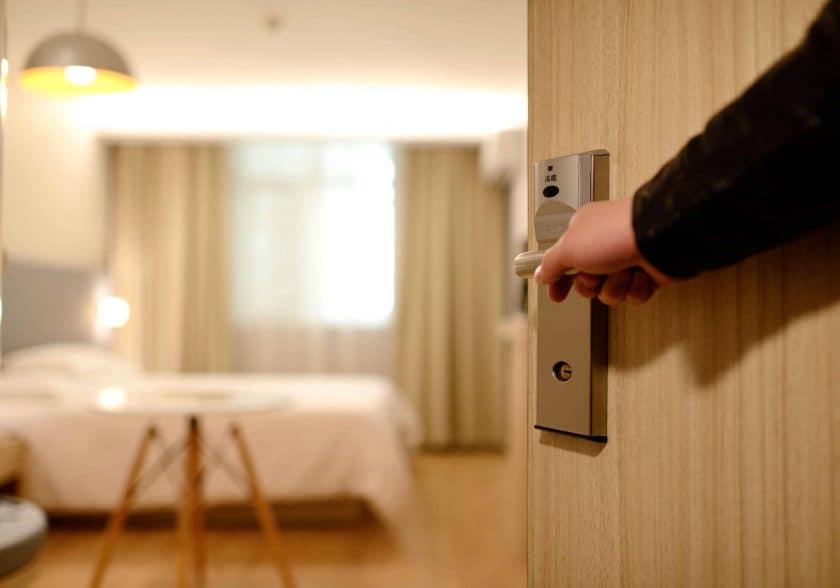 bedroom door entrance 271639