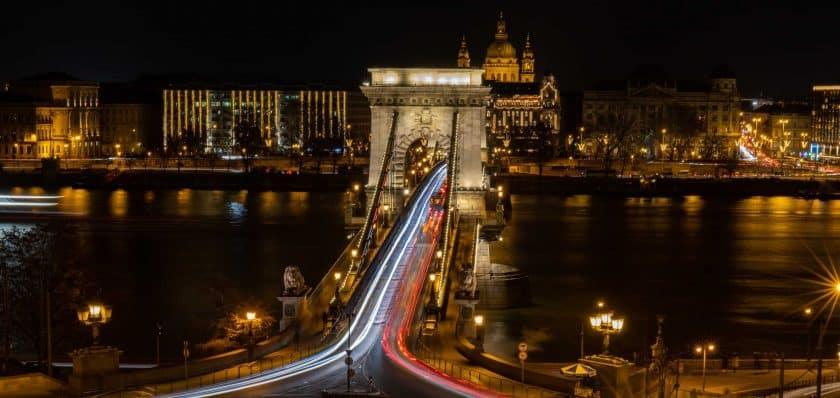 Budapest Kettenbrücke Nacht Langzeitbelichtung Buda