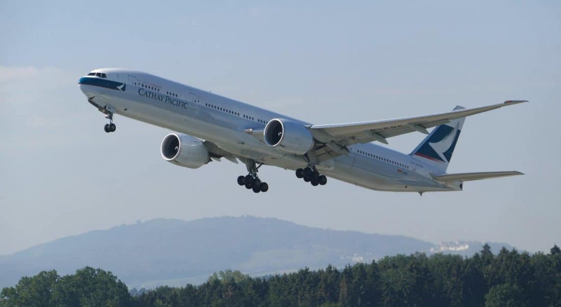 cathay pacific B777 ZRH