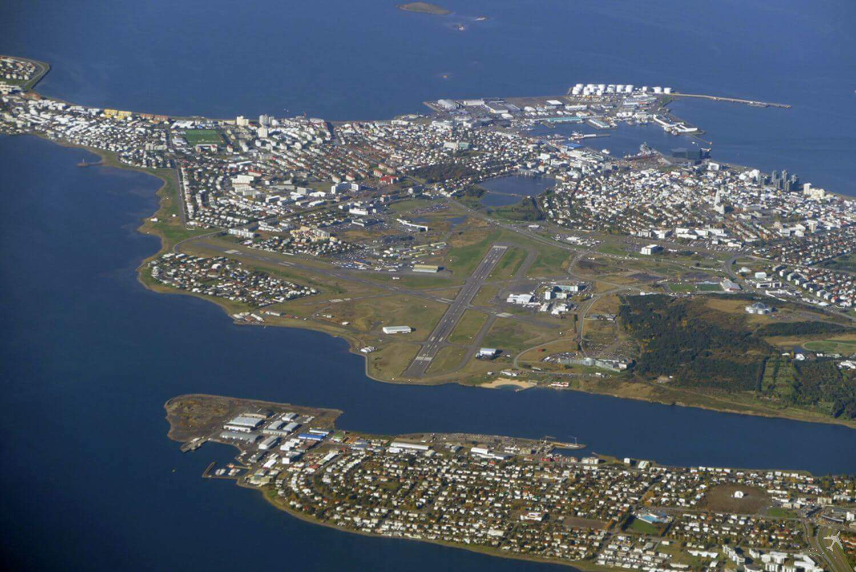 city-airport-reykjavik