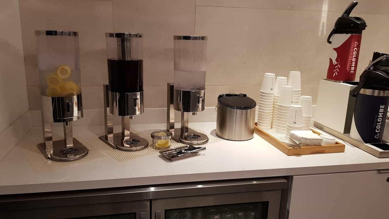 flagship lounge ord wasser und kaffee
