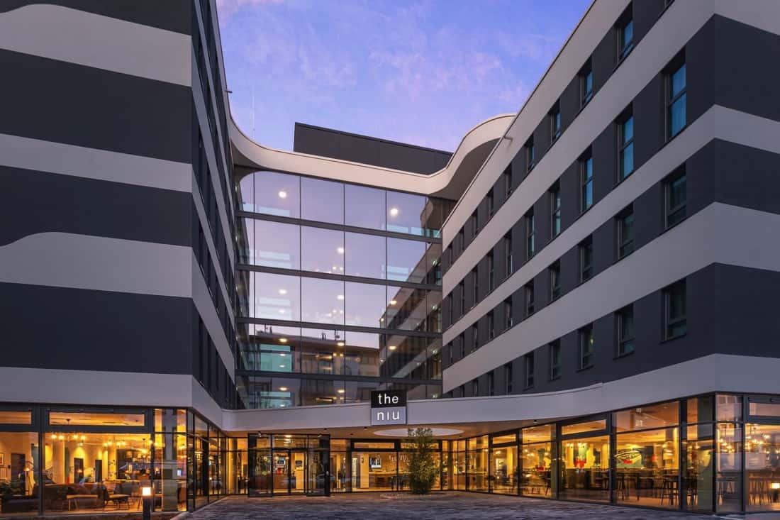 Hotel the niu Mesh Stuttgart Fassade