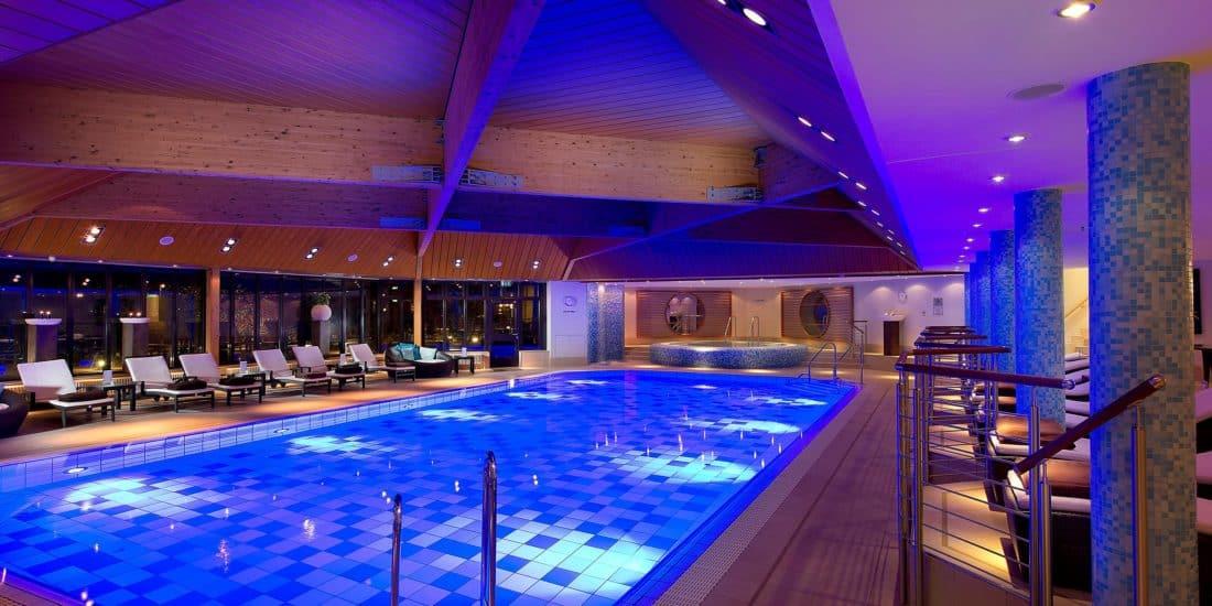 intercontinental berlin schwimmbad 2x1 1