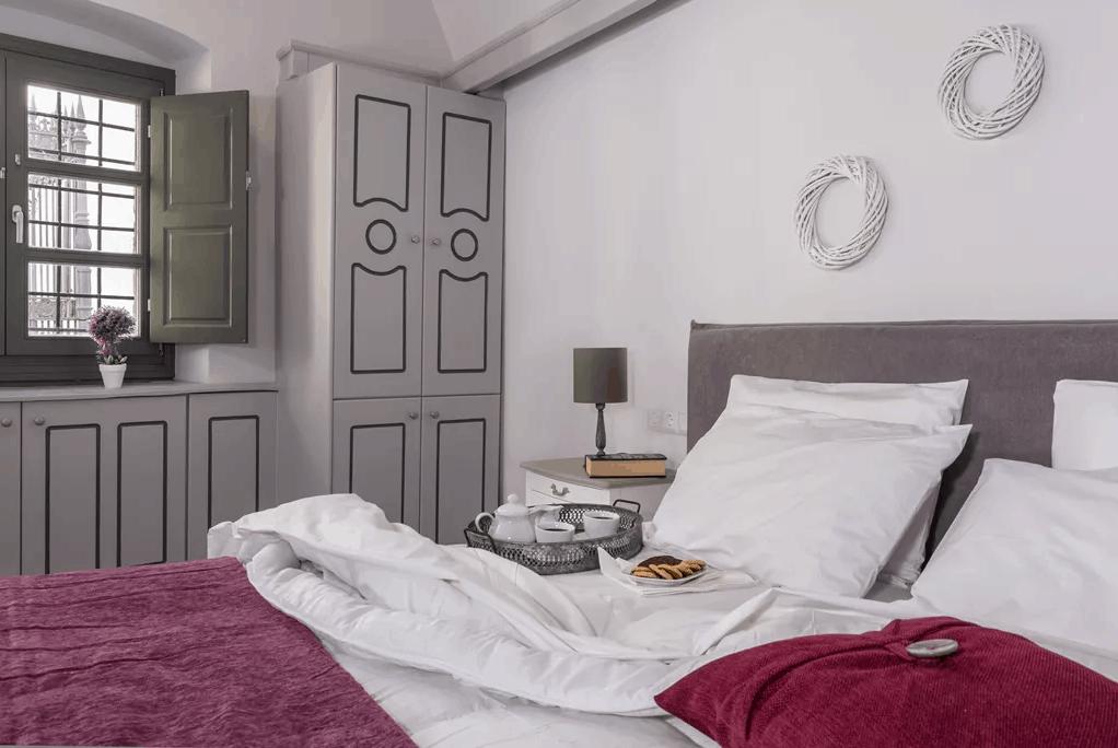 kastro mansion atlantis bed