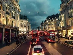 London England Street Bus