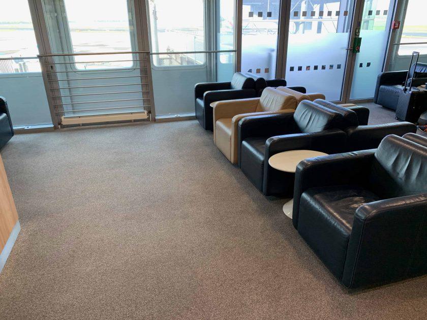 Lounge DUS III