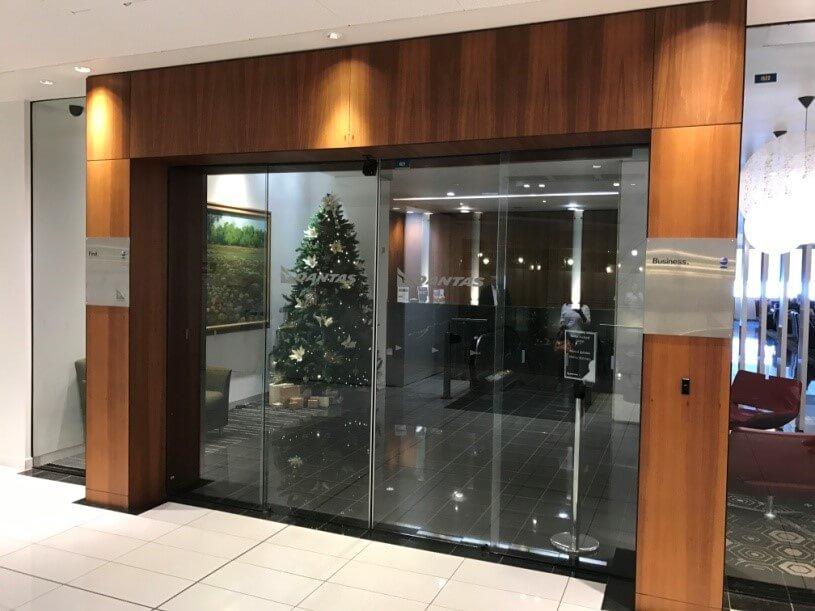 Qantas Business Lounge Eingang