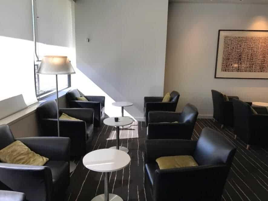 Qantas First Class Lounge Sessel