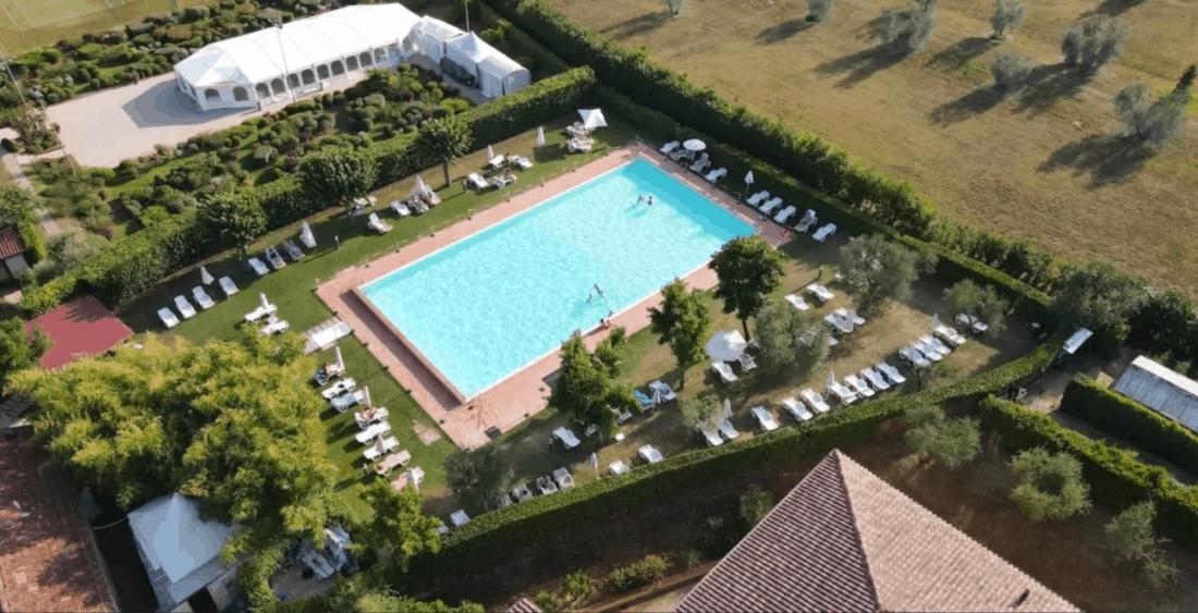 villa cappugi pool